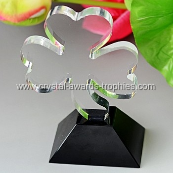 child clover crystal award trophy